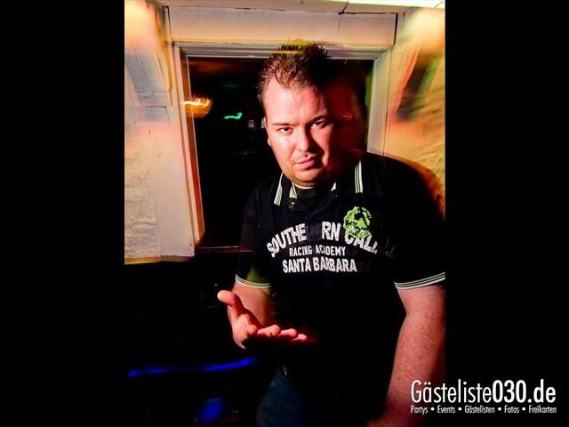 https://www.gaesteliste030.de/Partyfoto #31 Q-Dorf Berlin vom 13.12.2011