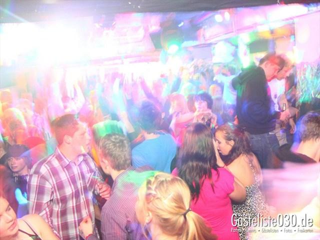 https://www.gaesteliste030.de/Partyfoto #104 Q-Dorf Berlin vom 20.01.2012