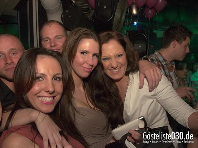 https://www.gaesteliste030.de/Partyfoto #116 Maxxim Berlin vom 10.12.2011