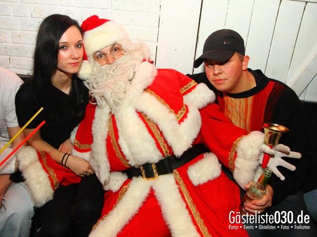 https://www.gaesteliste030.de/Partyfoto #135 Q-Dorf Berlin vom 25.12.2011