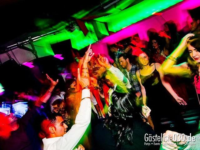 https://www.gaesteliste030.de/Partyfoto #120 Maxxim Berlin vom 19.12.2011