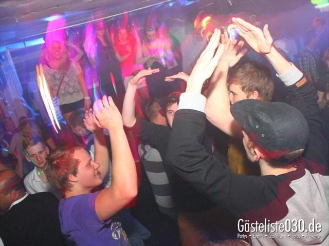 https://www.gaesteliste030.de/Partyfoto #47 Q-Dorf Berlin vom 05.04.2012
