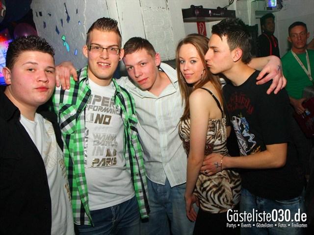 https://www.gaesteliste030.de/Partyfoto #117 Q-Dorf Berlin vom 20.04.2012