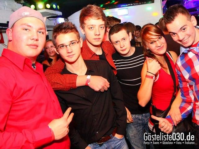 https://www.gaesteliste030.de/Partyfoto #41 Q-Dorf Berlin vom 28.12.2011