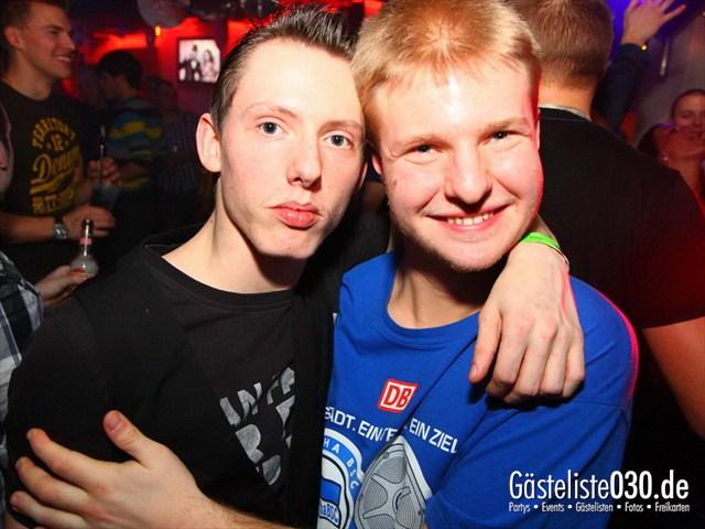 https://www.gaesteliste030.de/Partyfoto #184 Q-Dorf Berlin vom 06.01.2012