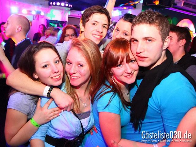 https://www.gaesteliste030.de/Partyfoto #122 Q-Dorf Berlin vom 13.01.2012