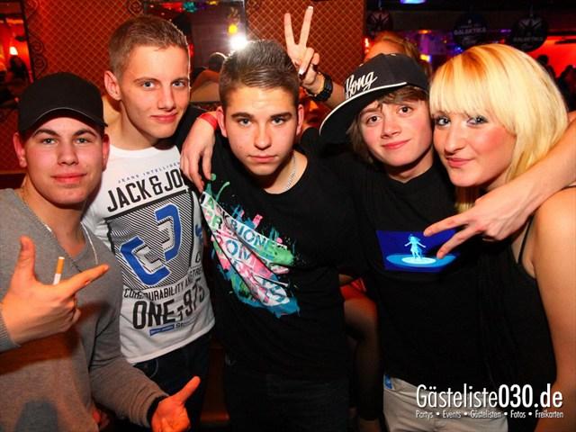 https://www.gaesteliste030.de/Partyfoto #138 Q-Dorf Berlin vom 07.01.2012