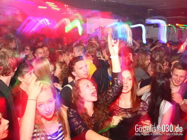 https://www.gaesteliste030.de/Partyfoto #202 Q-Dorf Berlin vom 04.04.2012