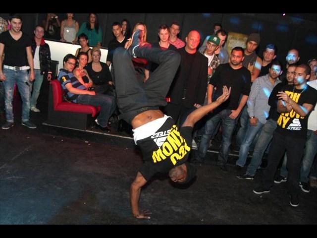https://www.gaesteliste030.de/Partyfoto #38 Club R8 Berlin vom 09.12.2011