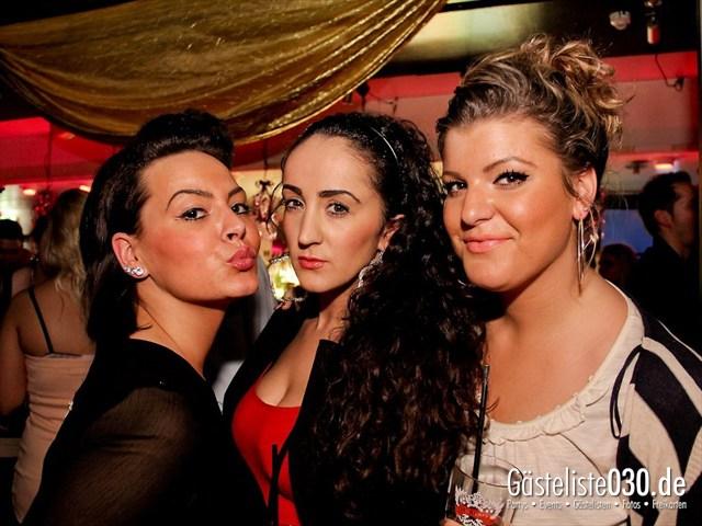 https://www.gaesteliste030.de/Partyfoto #47 Maxxim Berlin vom 16.12.2011