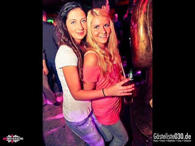 https://www.gaesteliste030.de/Partyfoto #162 China Lounge Berlin vom 16.12.2011