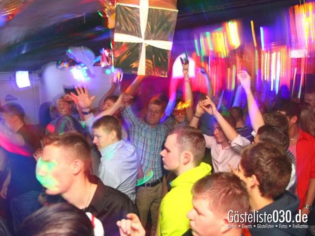 https://www.gaesteliste030.de/Partyfoto #152 Q-Dorf Berlin vom 23.12.2011