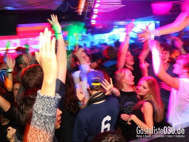 https://www.gaesteliste030.de/Partyfoto #121 Q-Dorf Berlin vom 21.12.2011