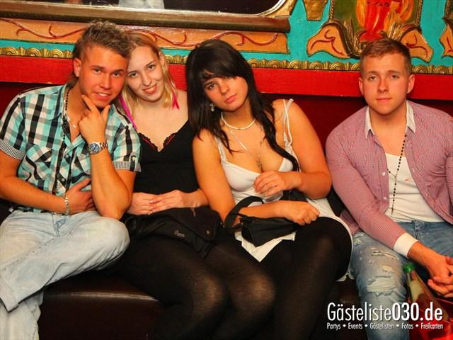 https://www.gaesteliste030.de/Partyfoto #198 Q-Dorf Berlin vom 09.12.2011