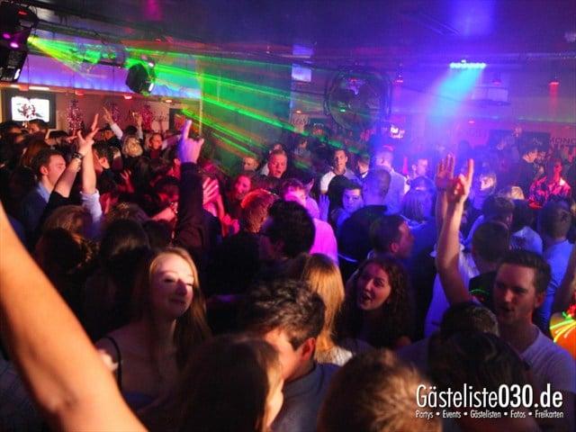 https://www.gaesteliste030.de/Partyfoto #38 Maxxim Berlin vom 22.12.2011