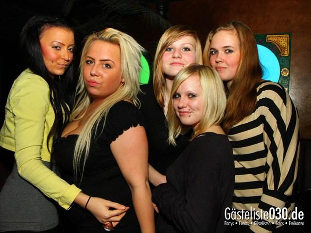https://www.gaesteliste030.de/Partyfoto #76 Q-Dorf Berlin vom 23.12.2011