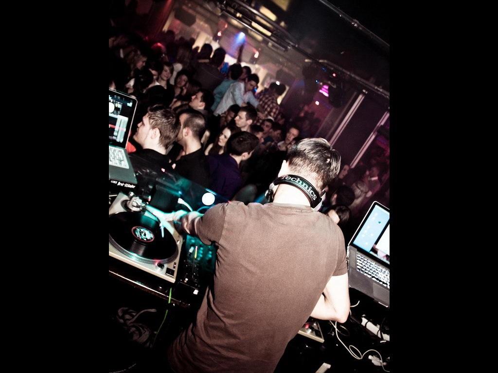 Partyfoto #48 Maxxim 16.12.2011 Goldkind