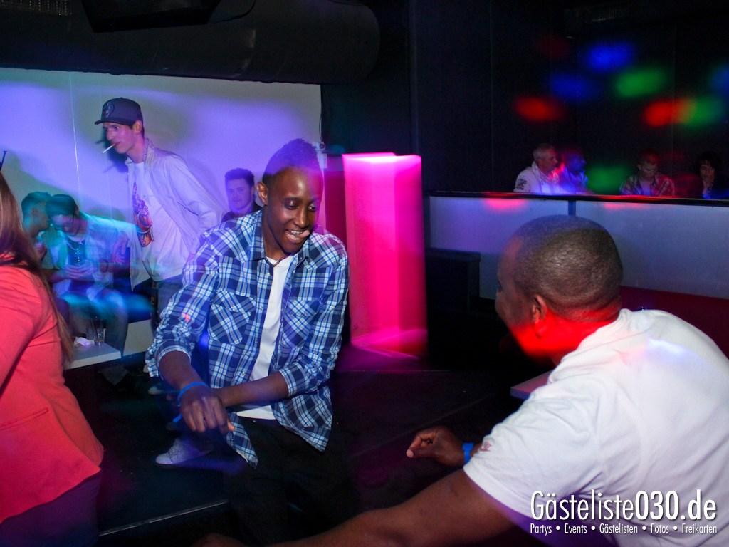 Partyfoto #51 Club R8 07.04.2012 Back 2 Oldschool - Ab 21 Jahren