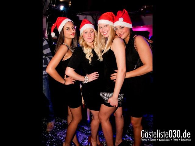 https://www.gaesteliste030.de/Partyfoto #109 Maxxim Berlin vom 23.12.2011