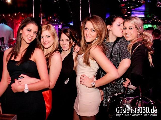 https://www.gaesteliste030.de/Partyfoto #2 Maxxim Berlin vom 06.01.2012